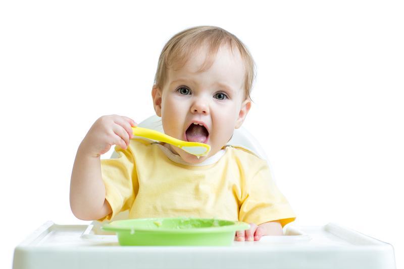 Perkembangan Bayi Umur 10 Bulan yang Harus Mom Tahu